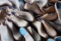 Viejo dura para los zapatos Imagen de archivo libre de regalías