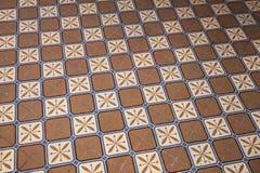 Viejo embaldosado colorido en piso, estilo retro Fotos de archivo