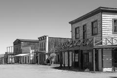 Viejo escenario de película del oeste salvaje de la ciudad en Arizona Foto de archivo