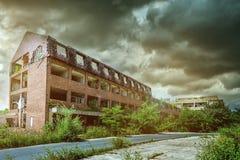 Viejo exterior constructivo arruinado Imagen de archivo