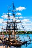 Viejo festival del barco en el puerto viejo de Montreal imagenes de archivo