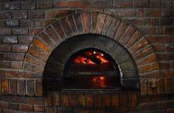 Viejo fondo de la estufa de la piedra del fuego Foto de archivo libre de regalías