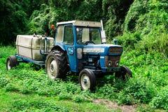 Viejo Ford Tractor antiguo fotos de archivo