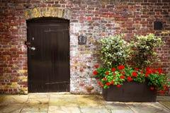 Viejo hogar del ladrillo de la puerta Fotografía de archivo