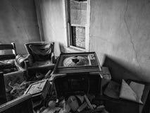 Viejo interior abandonado de la casa Fotografía de archivo