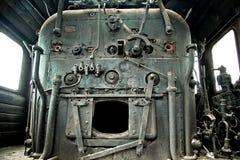 Viejo interior abandonado de la locomotora de vapor Foto de archivo