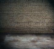 Viejo interior, pared de ladrillo imagen de archivo libre de regalías