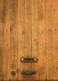 Viejo letterbox de madera Imagenes de archivo
