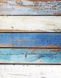 Viejo llevado abajo de los paneles coloreados de madera Fotos de archivo