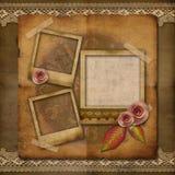 Viejo marco de la foto del grunge con las rosas imágenes de archivo libres de regalías