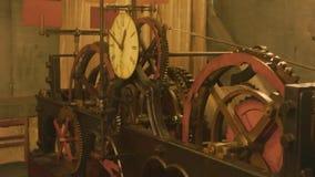 Viejo mecanismo del reloj almacen de video