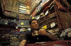 VIEJO MERCADO DE LA CIUDAD SOUQ DE ORIENTE MEDIO SIRIA ALEPO foto de archivo libre de regalías
