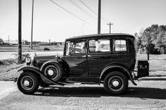 Viejo modelo blanco y negro T Imágenes de archivo libres de regalías