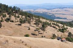 Viejo paisaje de la casa de la montaña Imágenes de archivo libres de regalías