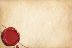 Viejo papel o letra de pergamino con el sello rojo de la cera Fotografía de archivo libre de regalías