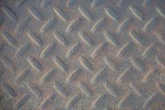 Viejo papel pintado o fondo industrial sucio llevado del checkerplate imagen de archivo