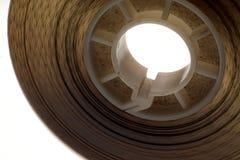 Viejo positivo tira de la película de 16 milímetros en el fondo blanco Foto de archivo libre de regalías