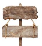 Viejo poste indicador de madera Fotos de archivo