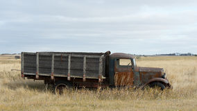 Viejo Rusty Grain Truck fotografía de archivo