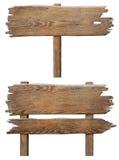 Viejo sistema de madera del tablero de la señal de tráfico aislado en blanco Foto de archivo libre de regalías