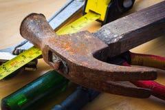 Viejo sistema del andtool del martillo Fotos de archivo