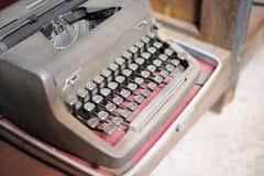 viejo tipo retro technolo manual tan clásico del vintage de la máquina del escritor Foto de archivo libre de regalías