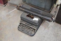 viejo tipo retro technolo manual tan clásico del vintage de la máquina del escritor Imagen de archivo libre de regalías