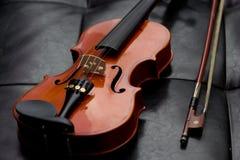 Viejo vintage clásico del violín Foto de archivo