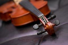 Viejo vintage clásico del violín Fotografía de archivo