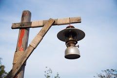 Viejo vintage de la lámpara de la linterna Fotografía de archivo libre de regalías