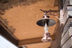 Viejo vintage de la lámpara de la linterna Fotografía de archivo