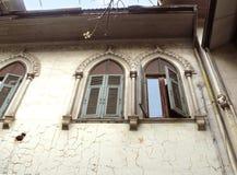 viejo vintage o ventana neoclásica Imagen de archivo libre de regalías