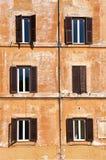 Viejo Windows Imágenes de archivo libres de regalías
