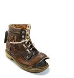 Viejo y bronken el zapato. imagenes de archivo