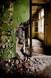 Viejo y quebrado interior Imagen de archivo libre de regalías