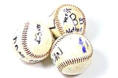 Viejos béisboles dados una dedicatoria Fotos de archivo libres de regalías