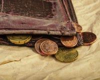 Viejos centavos de las monedas de la cartera y del euro Dinero euro Fotos de archivo libres de regalías