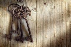 Viejos claves esqueléticos Imagenes de archivo