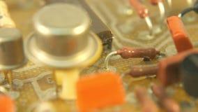Viejos componentes del establecimiento de una red de Pan Circuit Board Electricity Micro de la tecnología del vintage almacen de video