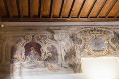 Viejos frescos en museo ducal del palacio en Mantua Imagen de archivo