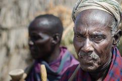 Viejos hombres de la tribu de Arbore Imágenes de archivo libres de regalías