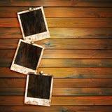 Viejos marcos de la foto en la madera Imagen de archivo
