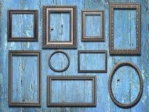 Viejos marcos de madera en fondo de madera del vintage Fotos de archivo libres de regalías