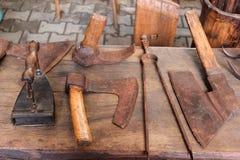 Viejos objetos rumanos antiguos Fotos de archivo libres de regalías
