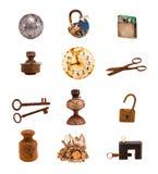 Viejos objetos y herramientas de Twelwe aislados en blanco Imágenes de archivo libres de regalías