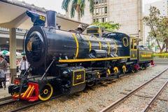 Viejos tren y estación en la ciudad de Medellin, Colombia Fotos de archivo libres de regalías