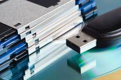 Viejos y nuevos media de almacenaje Imágenes de archivo libres de regalías