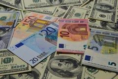 Viel Geld Viele Banknoten Lizenzfreie Stockbilder