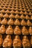 Viel goldenes Buddha-Bild Lizenzfreies Stockfoto