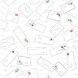 Viele Buchstaben und Umschläge mit Stempelpost kritzeln nahtlosen Musterhintergrund Stockfotografie